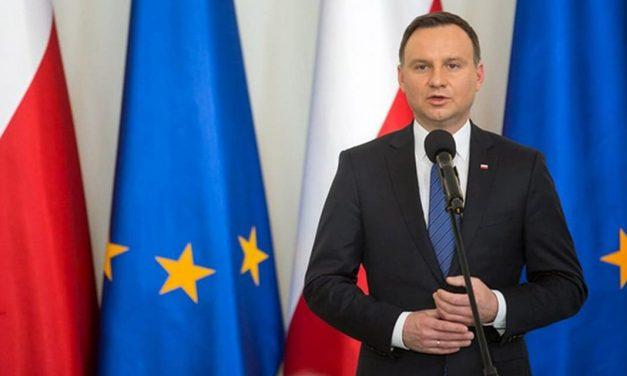 Andrzej Duda pogratulował Wołodymyrowi Zełenskiemu i zaprosił go do Polski