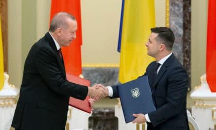 Ukraina i Turcja zawarły umowę o współpracy wojskowej. Wizyta prezydenta Zełenskiego w Turcji
