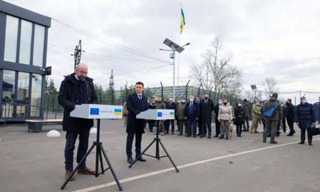 """""""Rosja jest stroną konfliktu, a nie pośrednikiem"""" – szef Rady Europejskiej podczas wizyty w Donbasie (WIDEO)"""