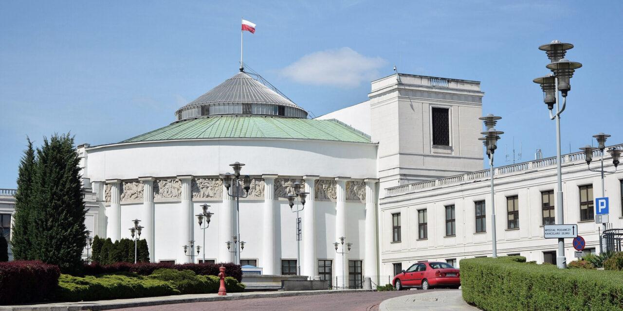 Sejm RP przyjął uchwałę w sprawie prześladowania Polaków na Białorusi